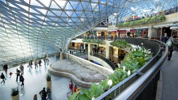 מרכז קניות Zlote Tarasy בורשה