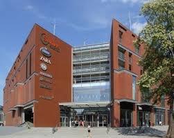 מרכז קניות Solaris Center באופולה
