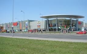 מרכז קניות Fort Wola בורשה - Mazoweckie