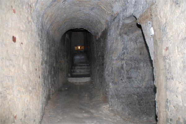 מערות גיר ב Chelm