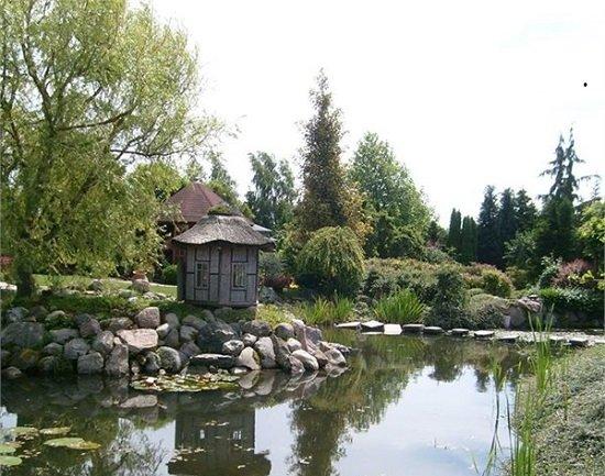 גן בוטני מיוחד עם מבוך