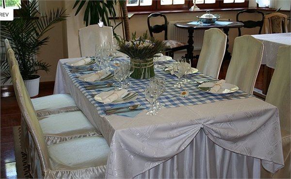DWOREK OSIECKI - מסעדה במקום היסטורי - Zachodniopomorskie